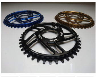 7075-T6 Aluminium Kolor Anodowane Wyścigi Face 104mm Single Chain Ring 4mm Grubość płyty